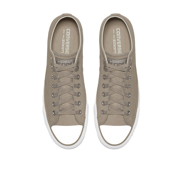 Converse All Stars Suede Low Top Sneakers